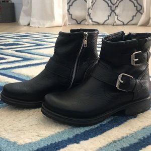 Steve Madden Blanco Boot